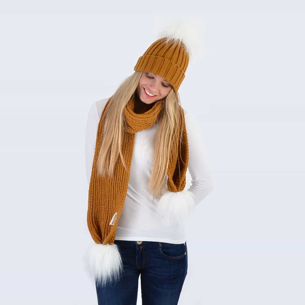 Caramel Set with White Faux Fur Pom Poms