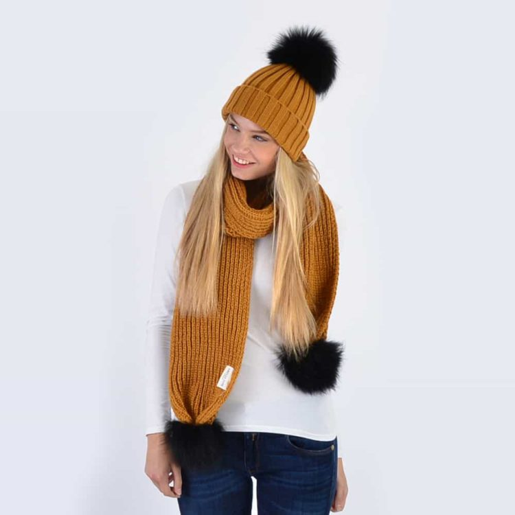 Caramel Set with Black Fur Pom Poms