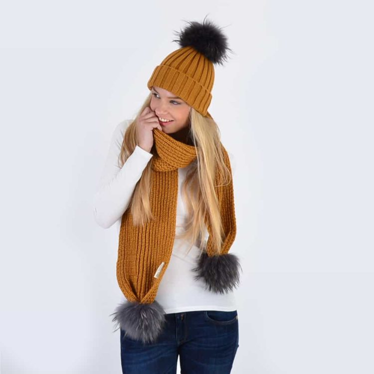 Caramel Set with Grey Fur Pom Poms