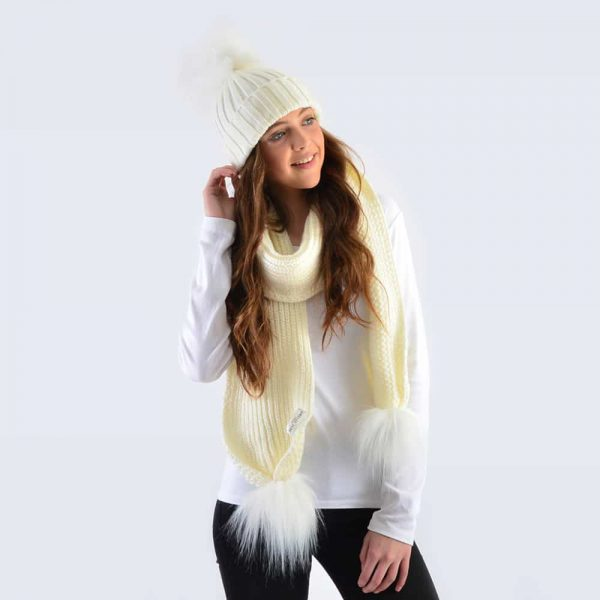 Ivory Set with White Faux Fur Pom Poms