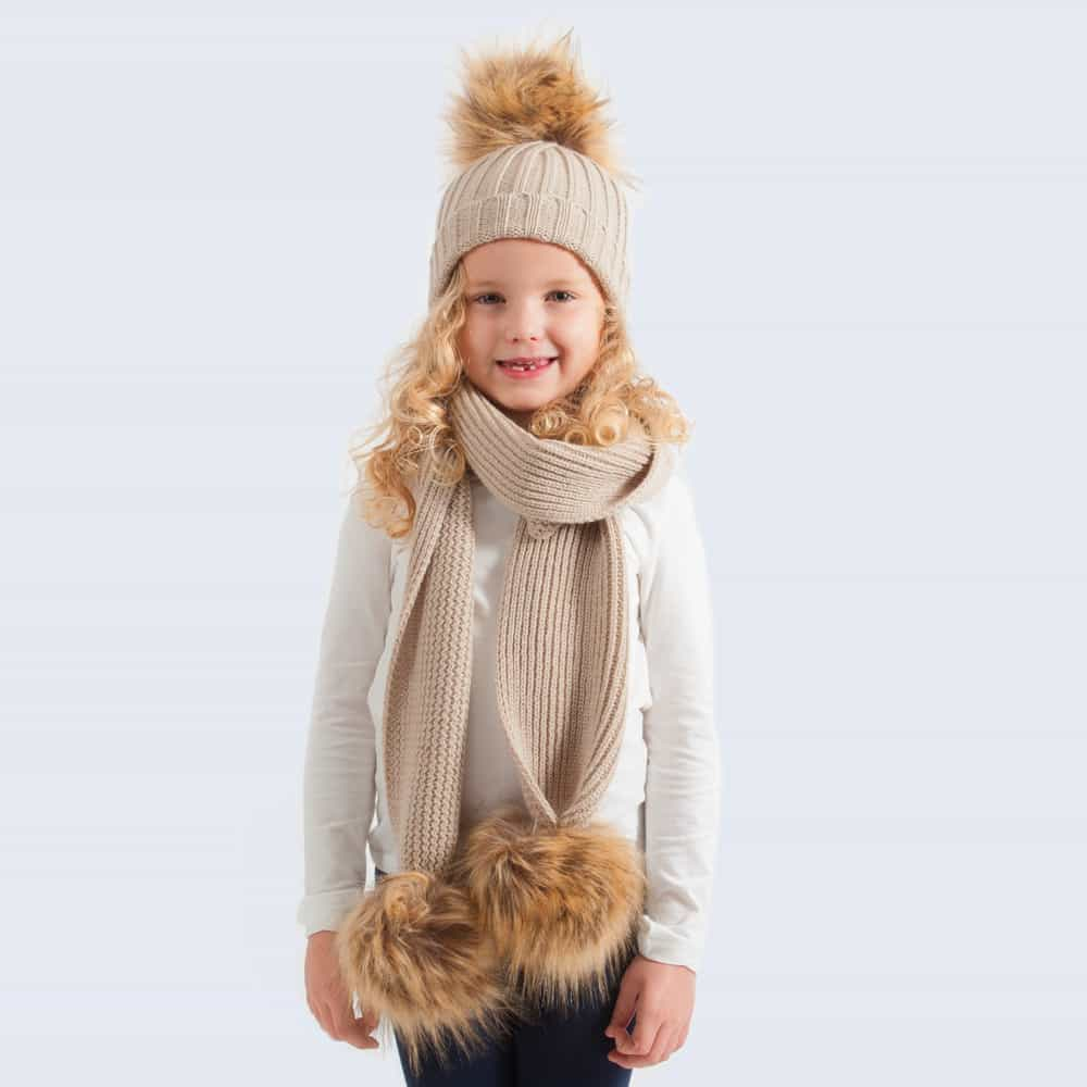 Tiny Tots Oatmeal Set with Faux Brown Fur Pom Poms