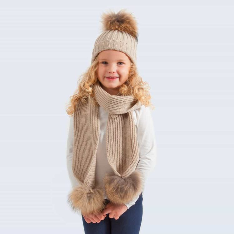 Tiny Tots Oatmeal Set with Brown Fur Pom Poms